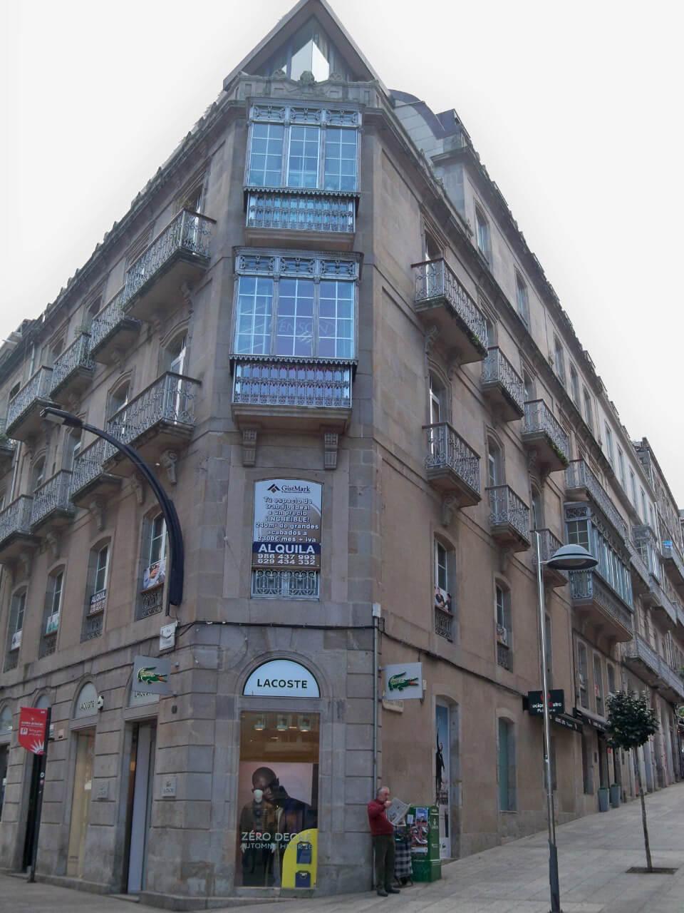 Centro Svenson Fachada Vigo